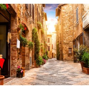 Fototapetti - Colourful Street in Tuscany-2