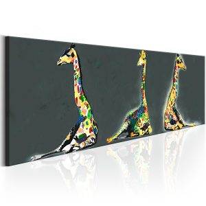 Kuva - Colourful Giraffes-1