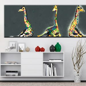 Kuva - Colourful Giraffes-2